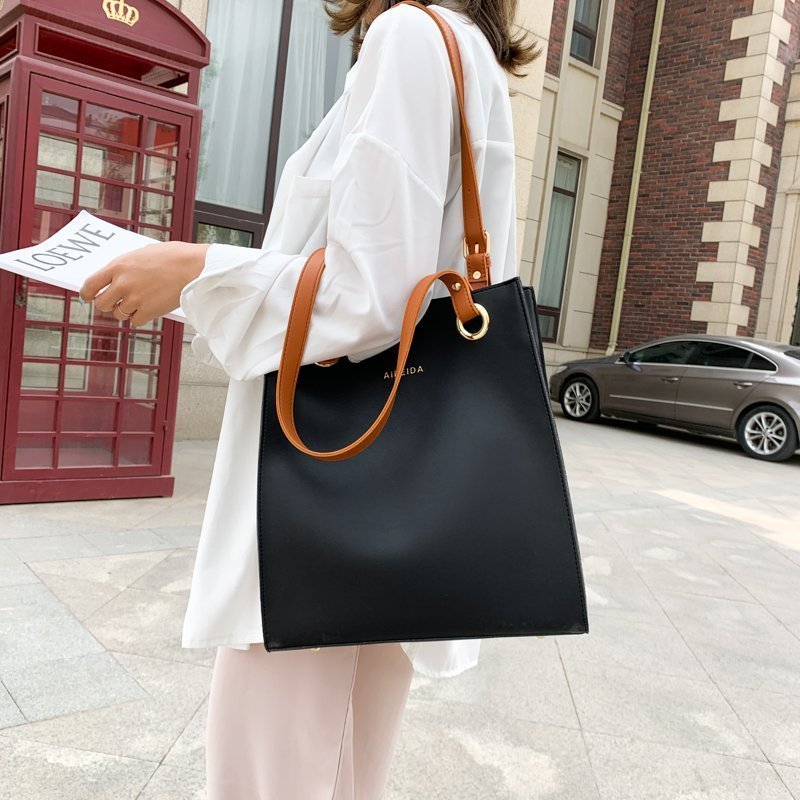 Brown Strap Leather Shoulder Bag