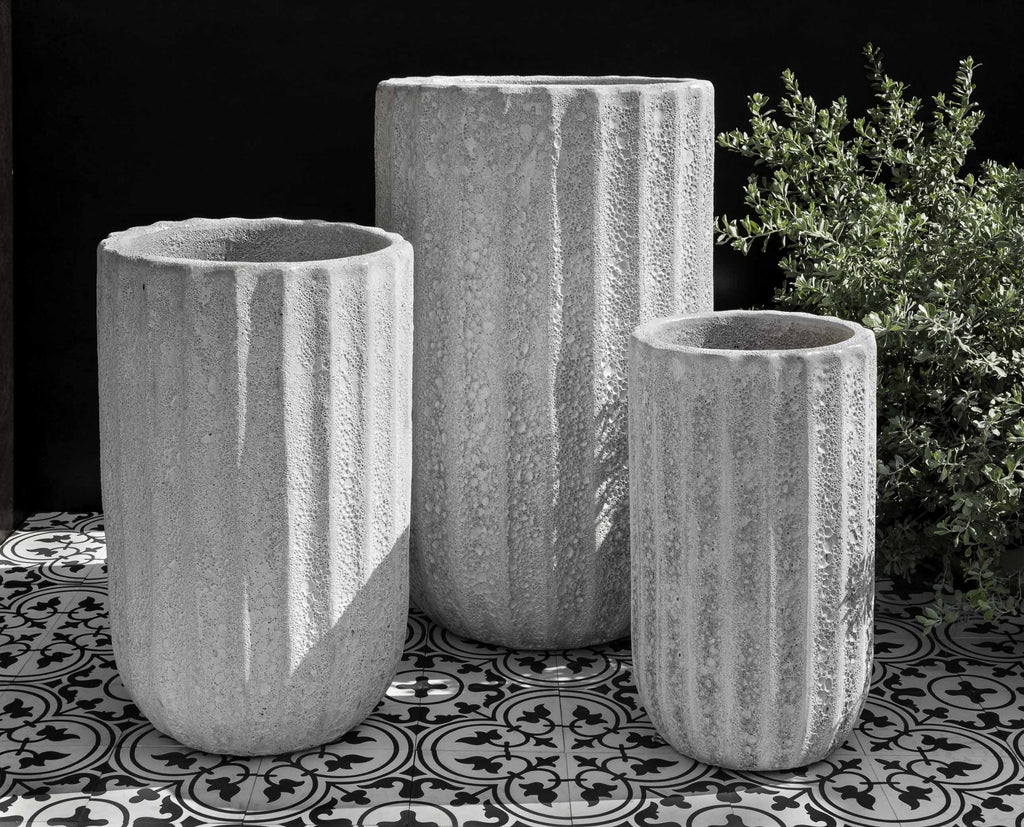 Campania Maris Tall Planter, White Coral