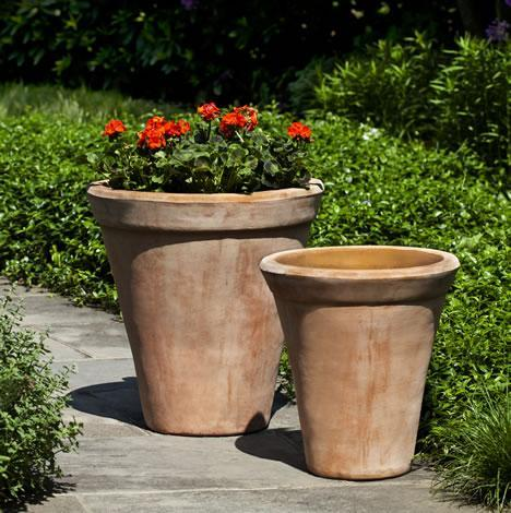 Photo of Campania USUKI PLANTER - Marquis Gardens