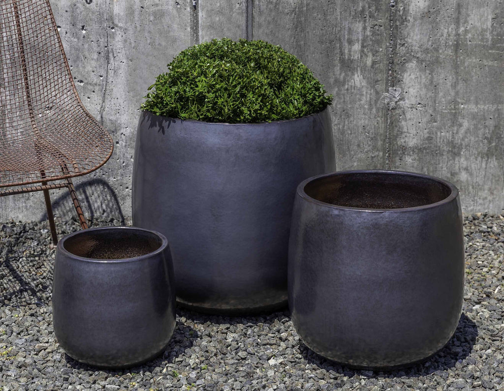 Campania Potrero Planter, Metal Grey