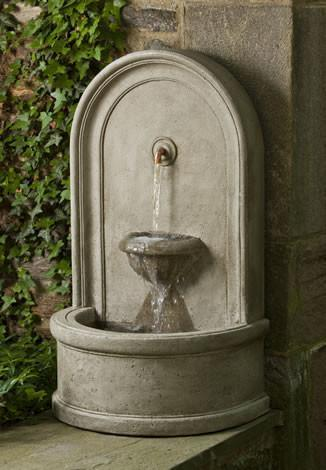 Photo of Campania Colonna Fountain - Marquis Gardens