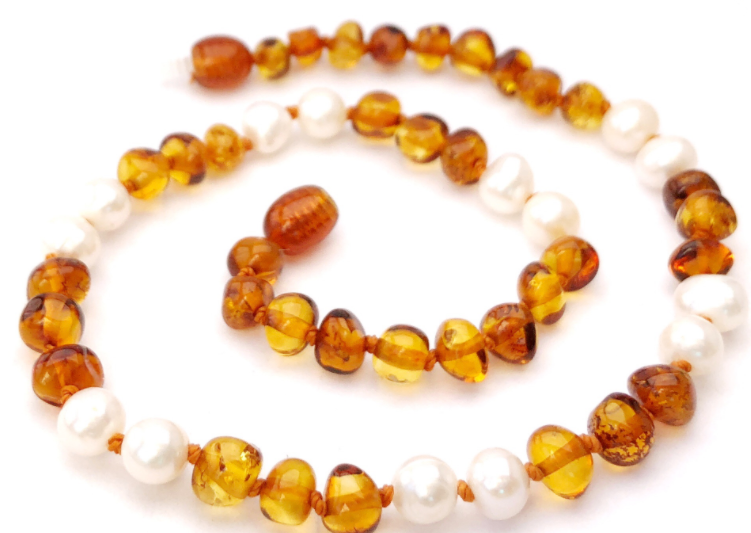 Queen Cognac & Pearls Necklace