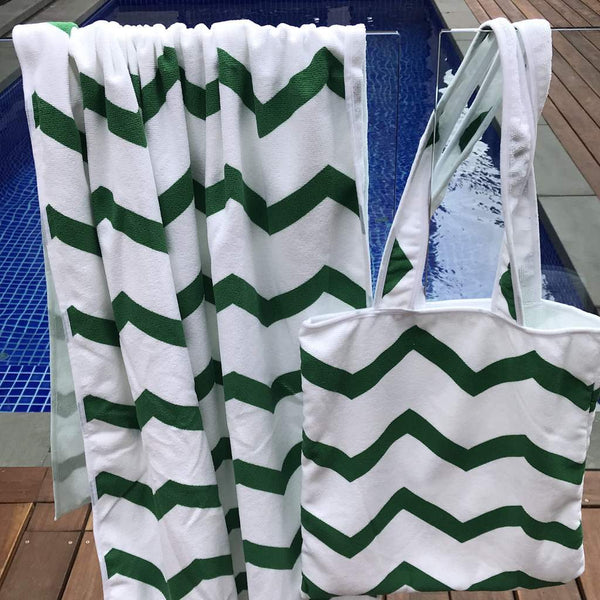 Green Zig Zag Beach Towel With Bag - 86x160cm