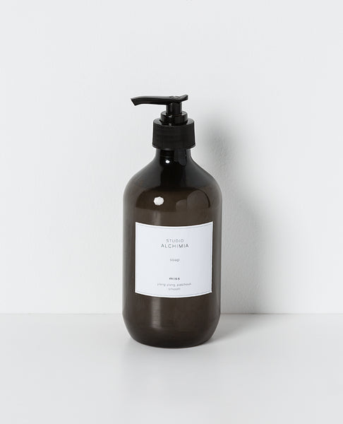 Studio Alchimia Liquid Hand & Body Soap - Mr - Bergamot & Sandalwood 500ml