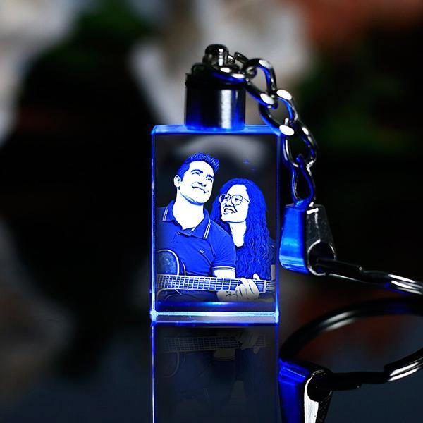 3d laser engraved crystal customized keychains