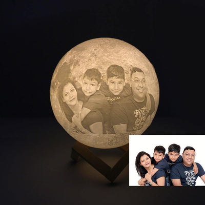 Customized Globe 3D Engraved Moon Lamp Light Gift for Beloved One