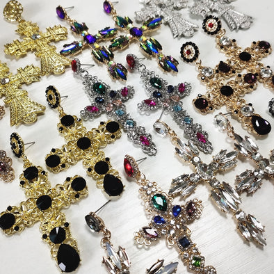 Baroque Vintage Crystal Gold Cross Earring