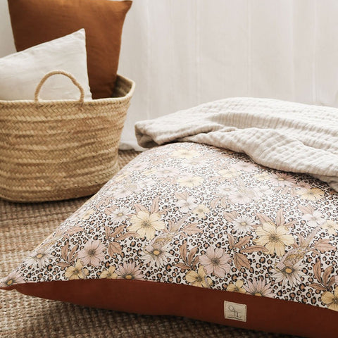 Our beautiful floor cushions are designed and made in Melbourne with the finest fabrics. Perfect for lounging, reading and meditating. A printed Belgian linen front.
