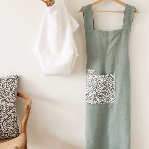 essential apron made with antique washed Oeko-Tex certified linen