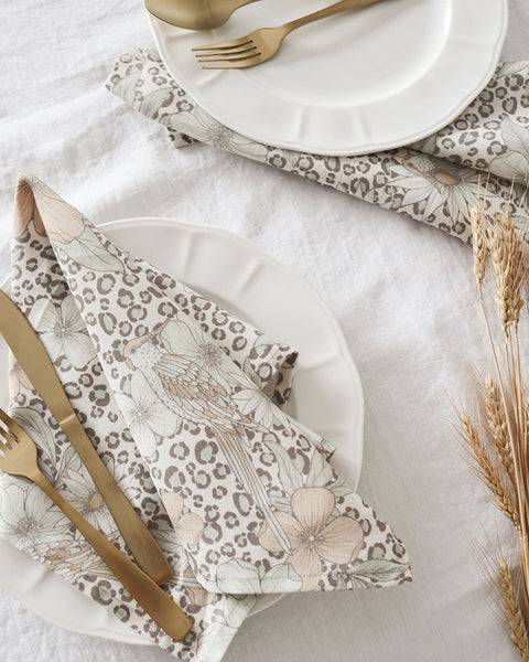 Linen Tablecloth - White. This beautiful and ethical linen tablecloth