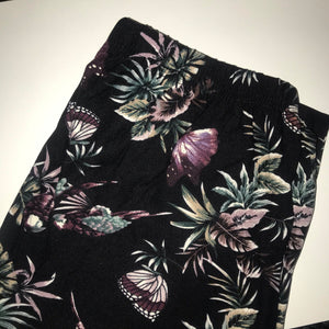 Butterflies parrots leggings