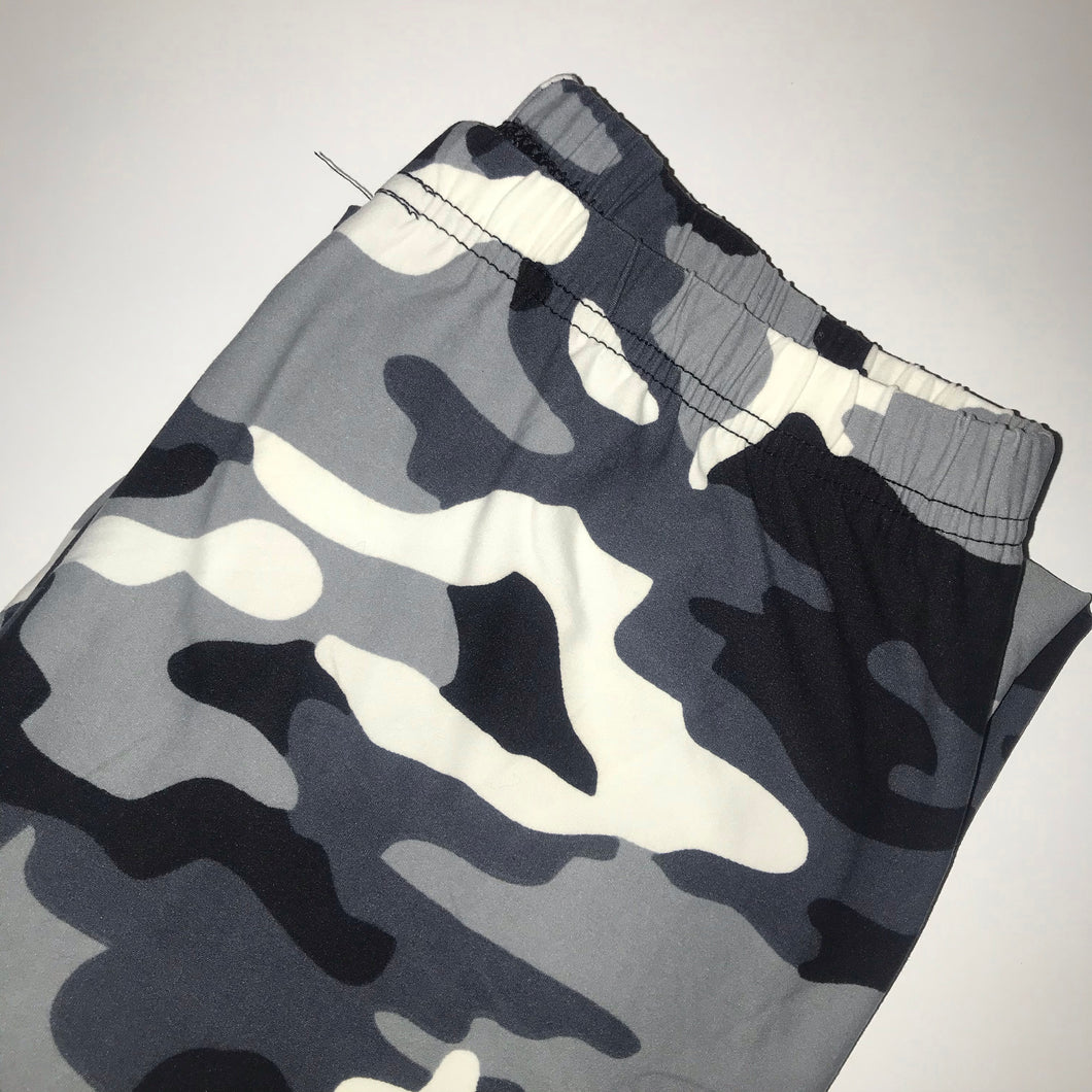 Gray & White Camouflage