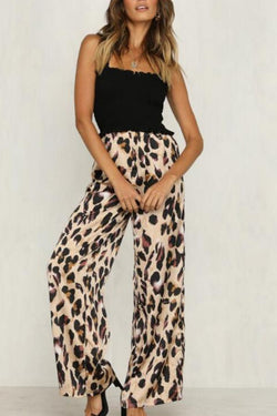 Leopard Printed Loose Fitting Wide Leg Pants