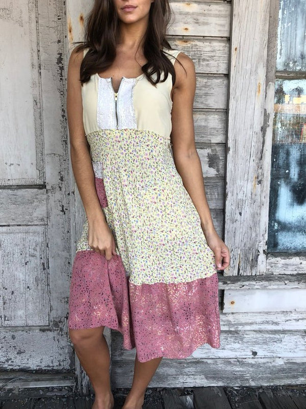 Yellow Patchwork Crew Neck Sleeveless Dresses