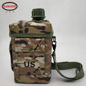 PBA-free Plastic Military Canteen 2L Capacity Choice of Skin for Maneuvers Camping Hiking Climbing