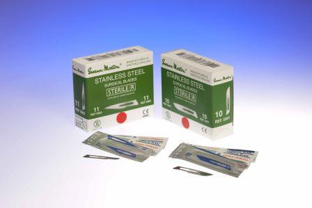 No.11 surgical scalpels, sterile stainless steel, in single peel packs - box of 100 blades