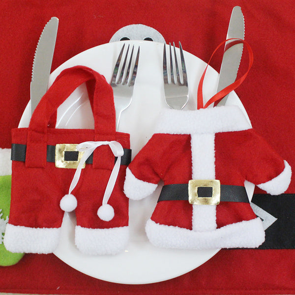 【Free Shipping】Home Decoration Hot Sale 2Pcs/ 4Pcs /6pcs Cute Christmas Decorations Santa Silverware Holders Pockets Dinner Decor(not include cutlery)