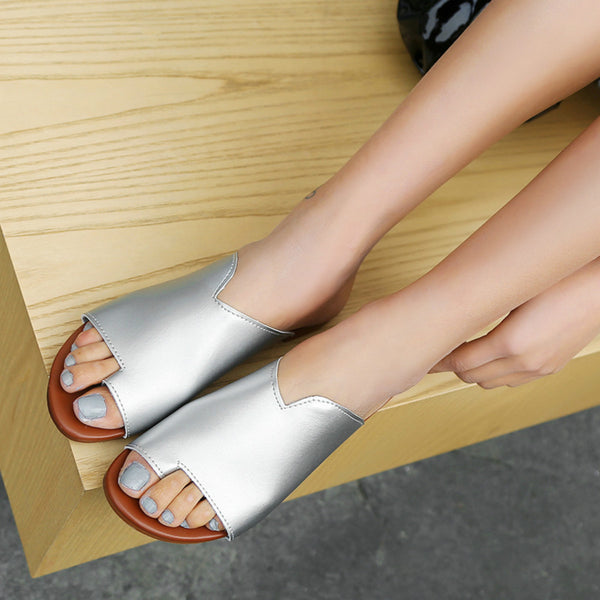 Casual slippers comfortable flat toe hollow sandals