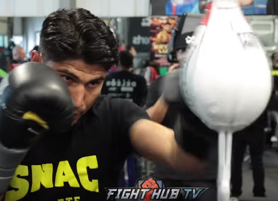 MIKEY GARCIA LOOKING QUICK, LIGHT ON HIS FEET TRAINING FOR SPENCE IN FINAL DAYS OF CAMP