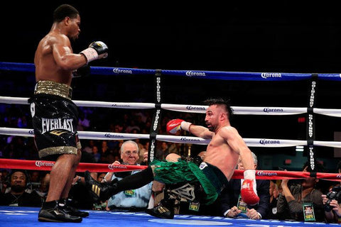 Shawn Porter destroys Paulie Malignaggi in four rounds