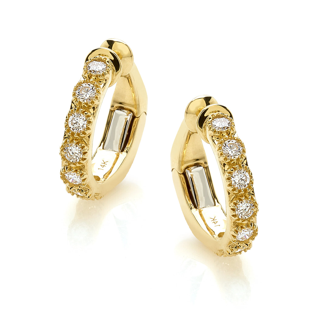 ONE Round Diamonds Ear Cuff in 14 carat yellow gold