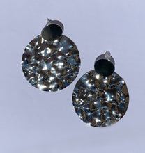 Load image into Gallery viewer, Taylor Hammered Earrings