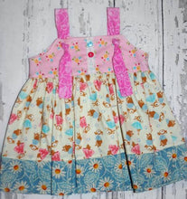 Load image into Gallery viewer, Bunnies and Flowers on this cute sleeveless sun dress in size 0/3 months *