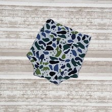 Load image into Gallery viewer, Camouflage Panda bears of on these cute little Bummies, diaper covers for infants and toddlers in sizes NB through 3T.