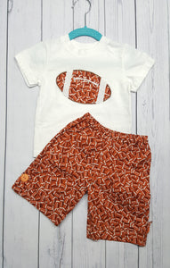 Football fans cute two piece infant short and T shirt set in size 12 months. *