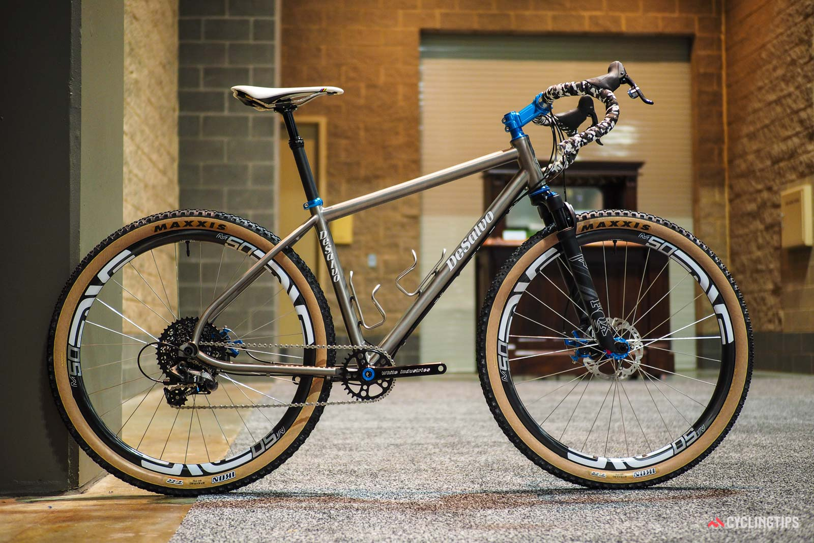 12 Bling Builds Of Xmas - DeSalvo Tomac-ular Spectacular