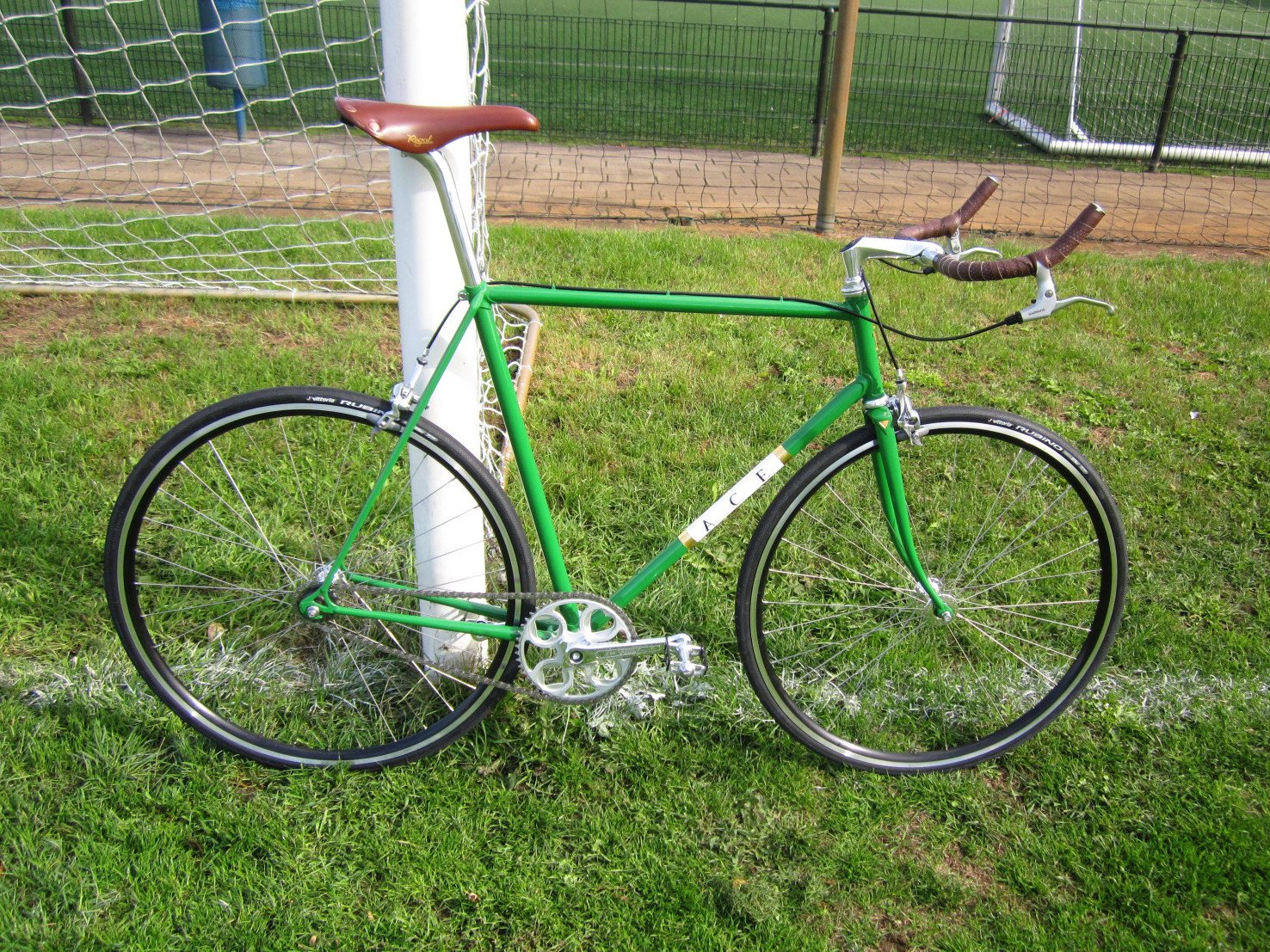 Customer Builds: Green Vintage Fixie