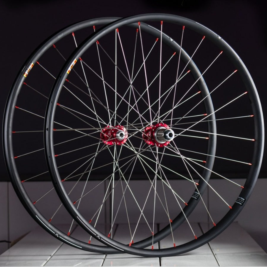 White Industries G25A / CLD Wheelset