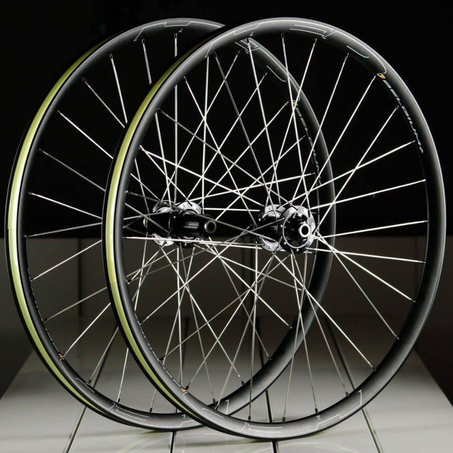 Chris King HED Belgium Plus Disc Wheelset