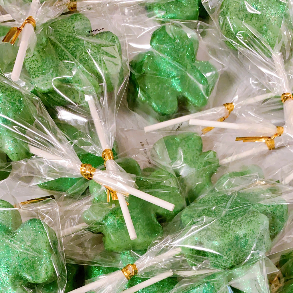 ST PATRICKS CAKE POPS