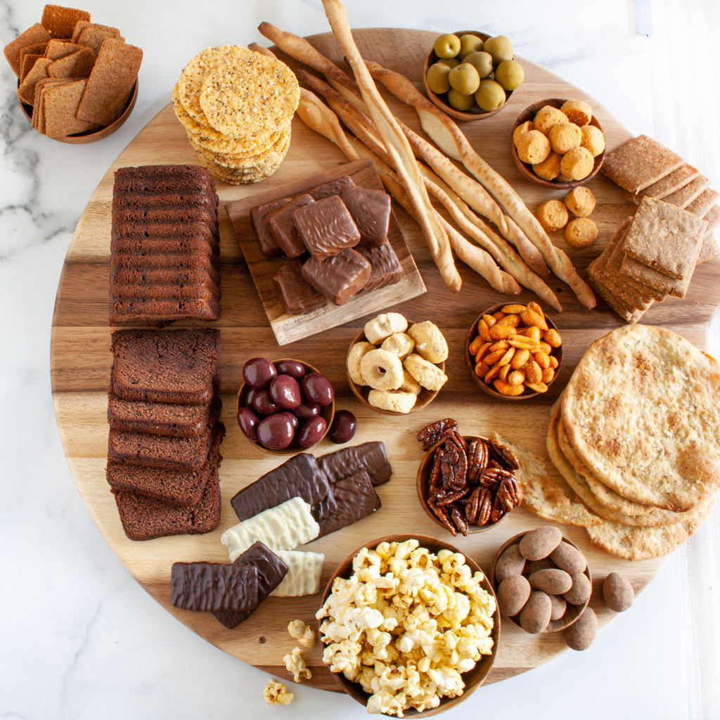 Gourmet Snacking For The Gang Gift Box