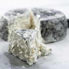 Traditional Chevre with Ash - igourmet
