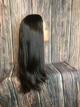"Load image into Gallery viewer, 25"" Dahlia Bandfall Precut Wig Layered Medium"