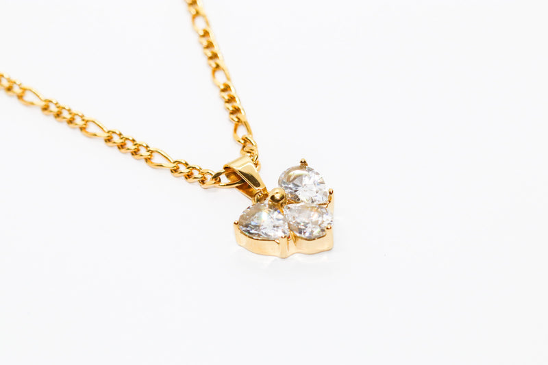 CRYSTAL HEART CHAIN - Taimana Boutique