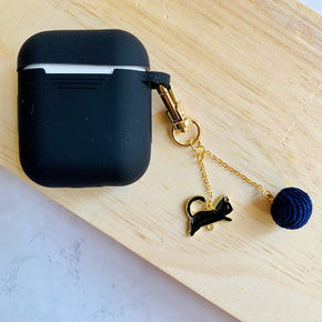 AirPods Case in Eggplant