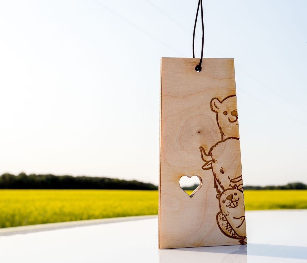 Saskatoon Animals – Rescentable Wood Car Air Freshener