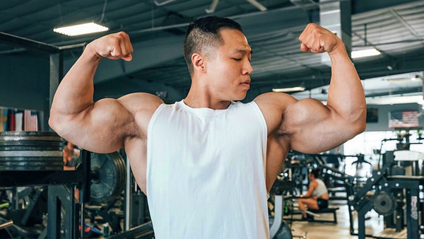 7 Biceps Curl Mistakes Sabotaging Your Gains