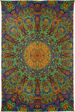 "Load image into Gallery viewer, 3-D Green Sunburst Tapestry (60""x90"") - Shag Alternative Superstore"