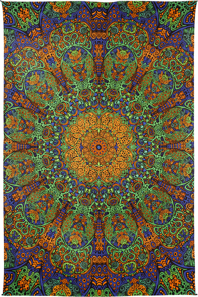 3-D Green Sunburst Tapestry (60