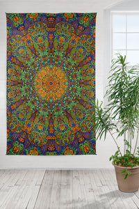 "3-D Green Sunburst Tapestry (60""x90"") - Shag Alternative Superstore"