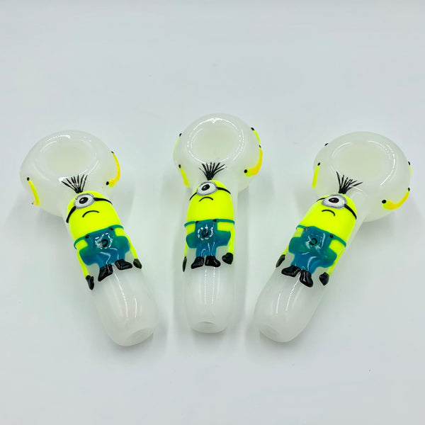Minion Glow Spoon Hand Pipe (5