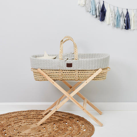 The little green sheep Natural knit Moses basket & mat DOVE