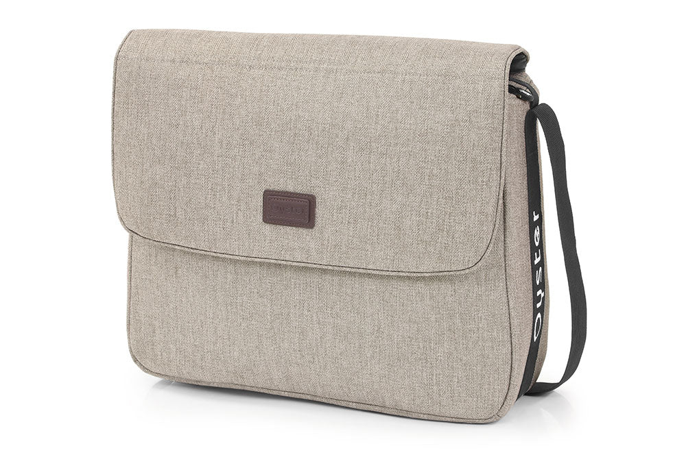 Oyster3 Changing Bag Pebble