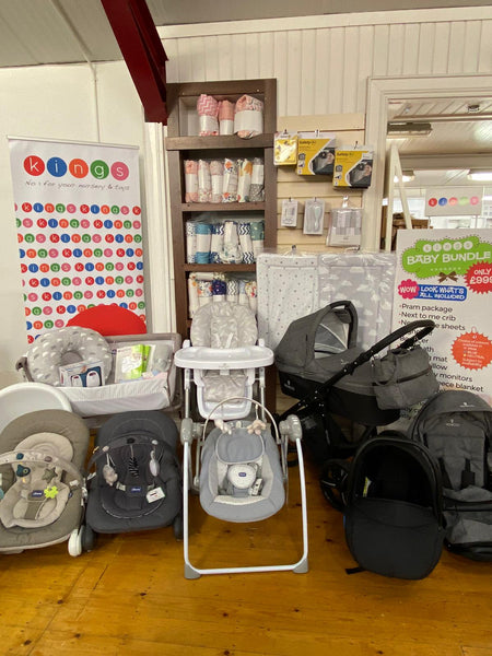 Venicci Pram Package / Chicco & Baby Essential Bundle