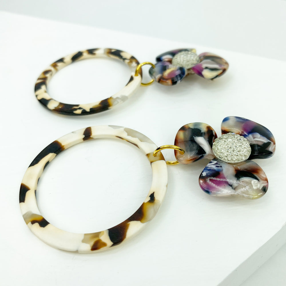 Crystal Water Poppy in Multicolor with Brown and White Matte Drop Hoop