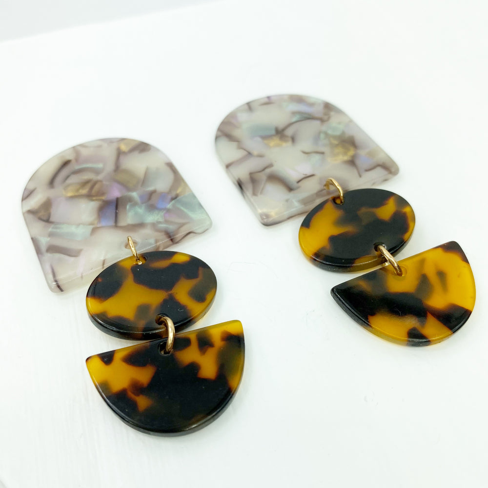 Tab Earrings in Iridescent Gray and Tortoise